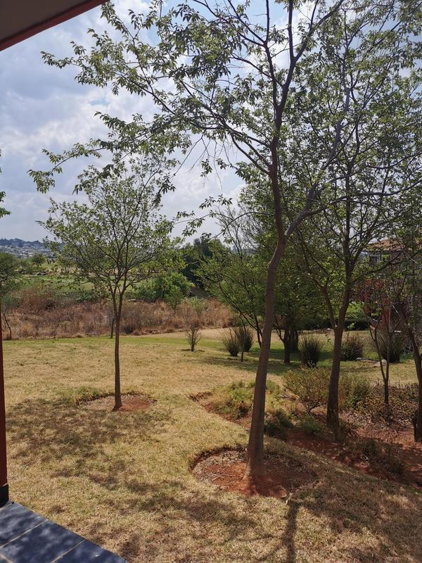 Property For Sale in Jackal Creek Golf Estate, Roodepoort 9