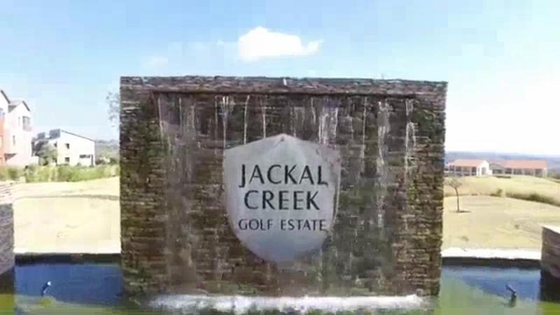 Property For Sale in Jackal Creek Golf Estate, Roodepoort 16