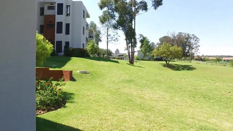 Property For Sale in Jackal Creek Golf Estate, Roodepoort 15