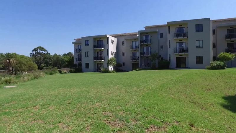 Property For Sale in Jackal Creek Golf Estate, Roodepoort 21